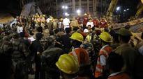 Kolkata flyover collapse: Commotion, despair prevail at hospitals