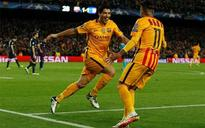 Suarez double helps Barcelona recover to beat Atletico Madrid in Champions League