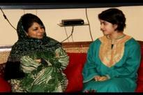 Javed Akhtar, Anupam Kher, Geeta Phogat Lend Support To Zaira Wasim