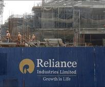 Sensex edges up; Reliance Industries leads
