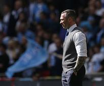 Premier League: Michael Appleton urges Leicester owners to hire a British manager to replace Craig Shakespeare