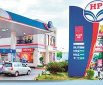 HPCL plans to buy 25% stake in $30-bn west coast refinery