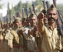 Bhopal: Policemen manhandle two journalists, three cops ...