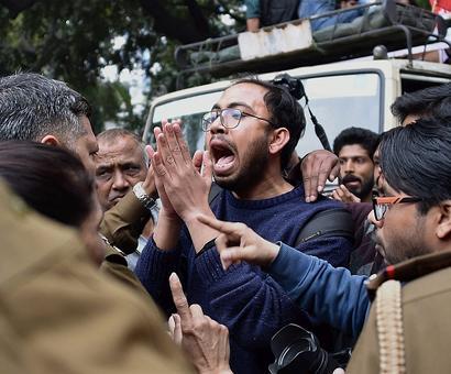 Afzal Guru event: 4 videos genuine, says Gandhinagar lab report