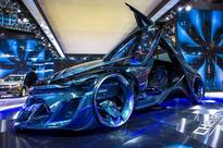 Driverless, new energy cars lead Beijing auto show