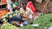 CPI inflation may average 5.3% in 2017; rate cut likely: Nomura