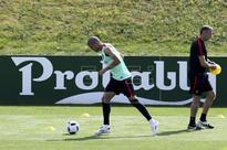 EUROCOPA 2016 PORTUGAL - Pepe vuelve a entrenarse al margen