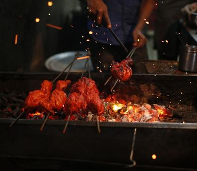 Lucknow goes veg: Meat, chicken, eggs off menu as sellers begin strike