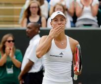 Kerber leads way into women's quarterfinals at Wimbledon