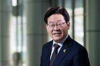 Harnessing Trump and Sanders, South Korean populist Lee rises in polls