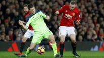 Wayne Rooney foul a yellow card, Man United goal offside - former referees