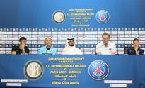 Champions League, Qatar on PSG radar, Inter ai... Inter Milan's head coach Roberto Mancini (2nd L) and his striker Stevan ...