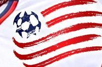 Agudelo helps Revolution end skid, beat Rapids 2-0