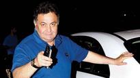 'Muft Ki Daaru'! Rishi Kapoor takes a dig at media during the launch of Raj Kapoor's biography