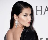Supermodel Adriana Lima drinks an avocado and honey smoothie each morning -- here's how to make it
