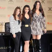 Kourtney's motherhood tips to new-mum Kim Kardashian