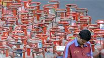 LPG subsidy: I-T dept to share data of taxpayer who earn over Rs 10 lakh with Oil Ministry
