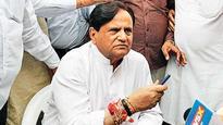 Battle for Gujarat, but battleground is Delhi