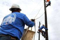 Thousands without power in San Antonio, CPS Energy crews...