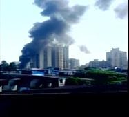 Fire breaks out in a dump yard in Mumbai
