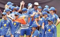 Aussie eves seek fourth title