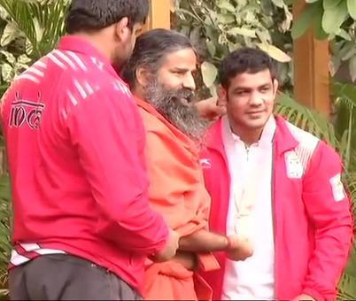 CWG wrestling champ Sushil Kumar meets Baba Ramdev on return from Gold Coast