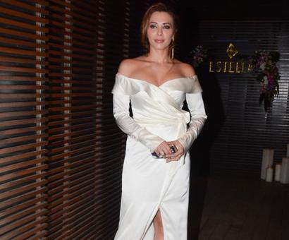 PIX: Iulia Vantur parties with Vidya Balan