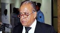 Nisar mocks former CJP