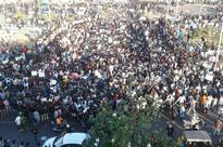 Jallikattu Ban: Sea of Protesters at Marina Beach Want Bull-taming Sport Back