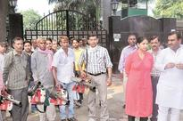 BJP councillors, civic body leaders protest outside CM's house