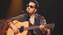 Mika Singh announces wedding plans on the sets of 'Sa Re Ga Ma Pa'