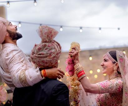 Kohli-Anushka are amazing together: Sania