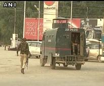 Militants holed up inside Srinagar school, three soldiers injured in gunfight