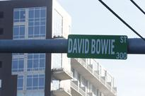 Fan replaces signage on Bowie Street in Austin to honor...