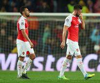 Arsene Wenger confirms Olivier Giroud an injury doubt for Burnley clash