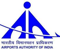 Bapat holds meeting on widening of approach roads to Lohegaon airport