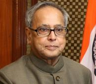 Pranab Mukherjee hails growing ties with Qatar