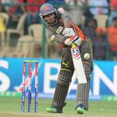 Live! IPL 6: Iqbal Abdulla dismisses Dhawan, SRH 89/1
