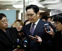 Prosecutor vows to keep chasing Samsung chief