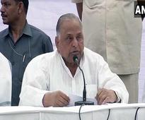 Mulayam Singh rules out forming new party for now, son Akhilesh tweets 'Long Live Netaji'