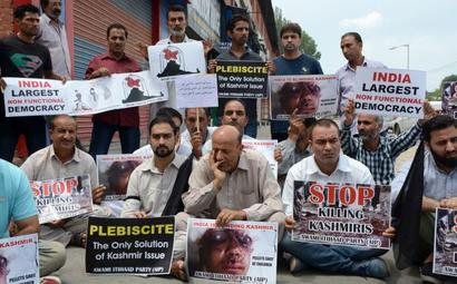 Stop killing Kashmiris: J&K MLA protest against civilian killings