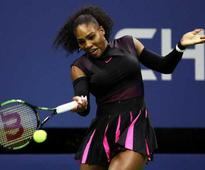 US Open: Serena Williams, Andy Murray Storm Through on Rainy Day
