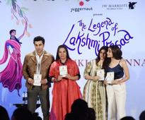 Heres Everything That Happened During The Starry Launch Of Twinkle Khannas Second Book