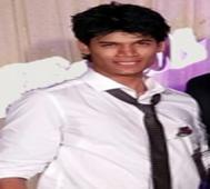 Daniel Nathaniel Lewis (19), Bengaluru