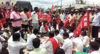 KRS blocks road for better infrastructure in Sirwar