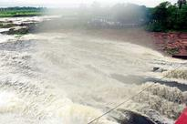 Feel Good in city as water gushes out from Bhadbhadha