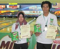 Bowler Nur Dayana bags surprise girls Open title