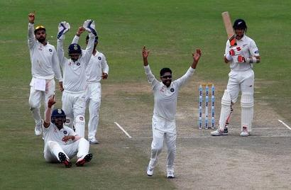 Lbw glut puts New Zealand on back foot in Kanpur