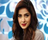 This is how Saba Qamar reacted on her `Viral Video`