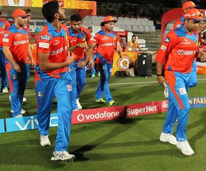 Will Gujarat Lions' skipper Raina be fit vs Mumbai Indians